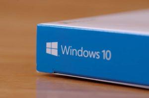 Microsoft Windows 10 Box (1)